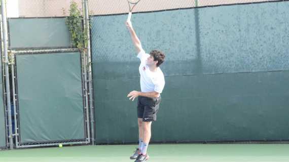 Boys' tennis defeats St. Francis