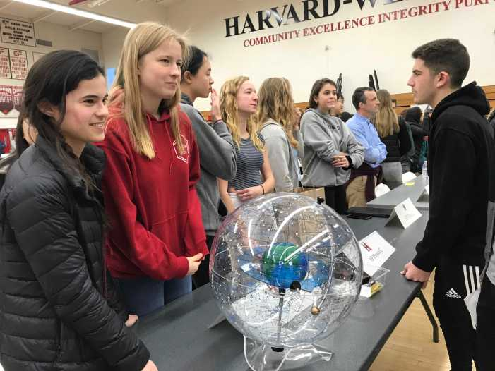 Students browse courses at Academic Fair