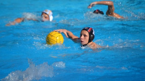 Boys' Water Polo defeats St. Francis in home opener