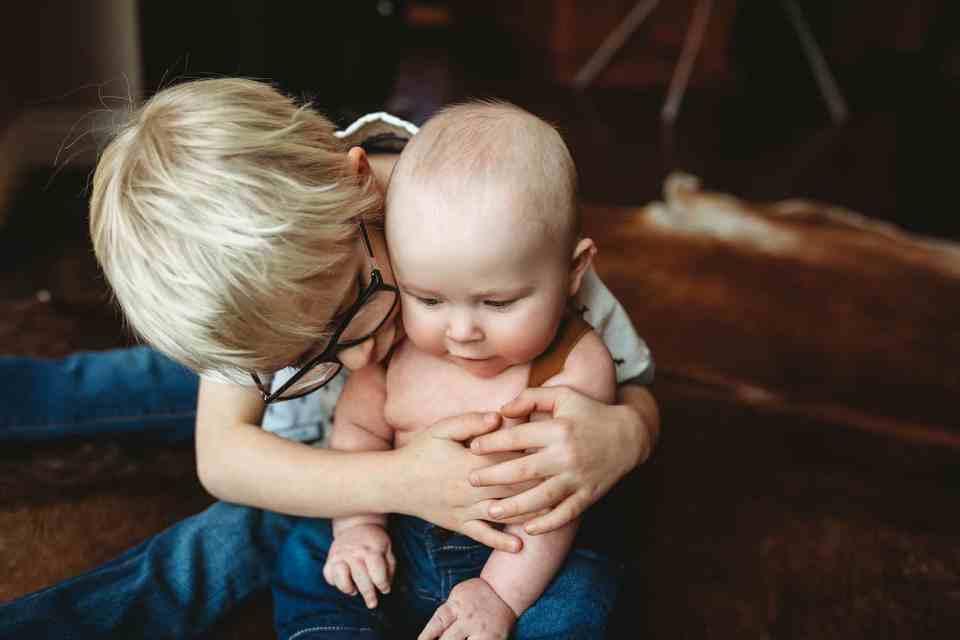 sibling hug Denver baby photography