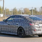 bmw-i4-spied-thinner-camo6