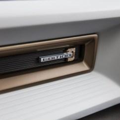 2022-GMC-Hummer-EV-15