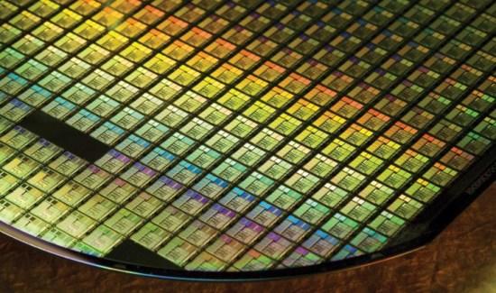 Samsung, Snapdragon 750 yonga seti üretimi için Qualcomm ile anlaştı
