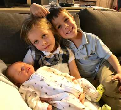 baby-picture-with-other-kids