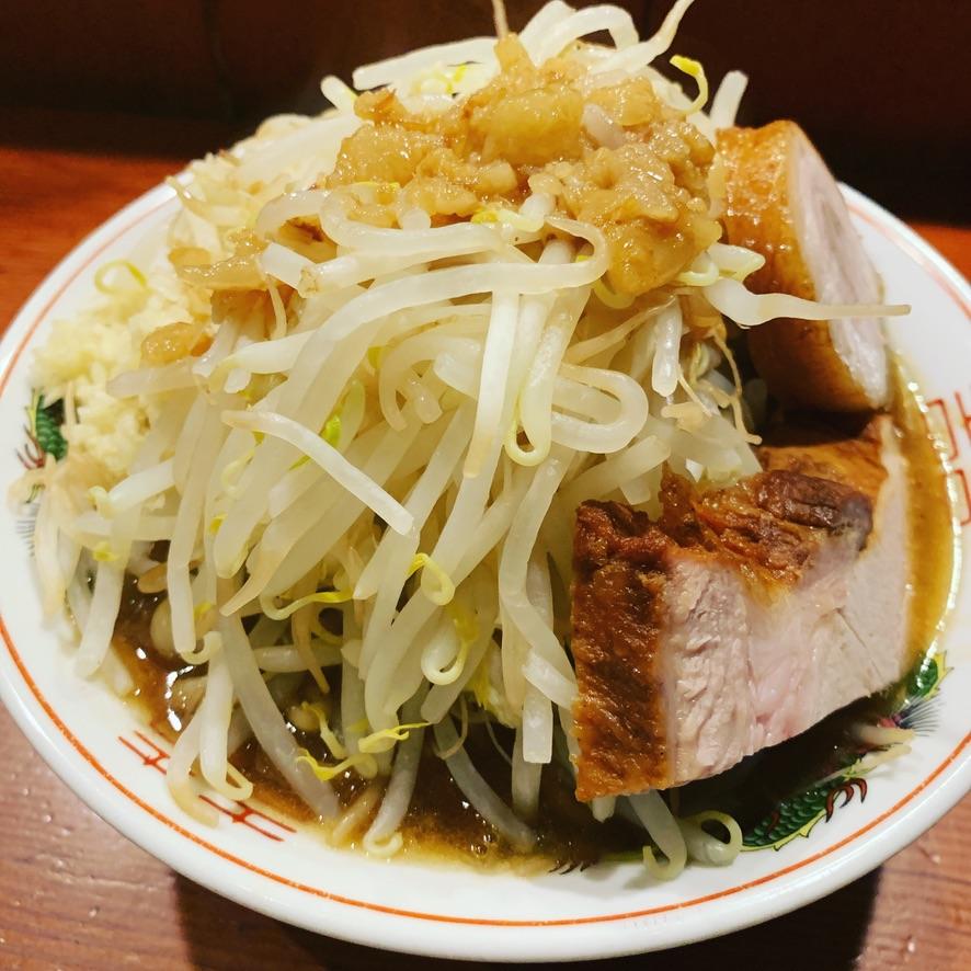 小ラーメン:ニンニク野菜マシ
