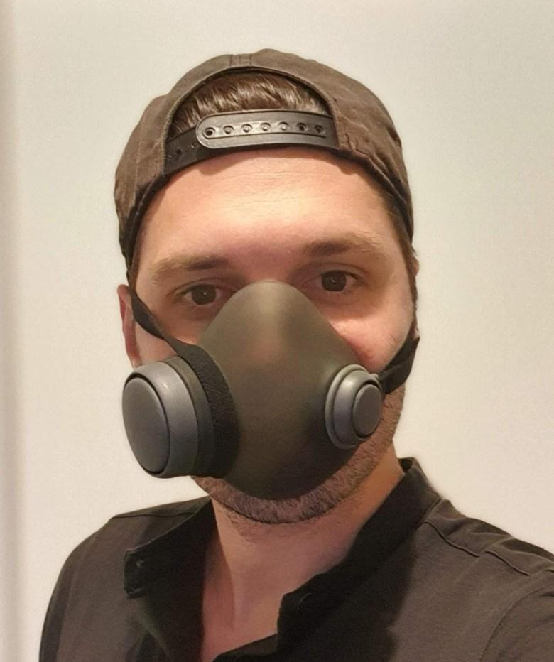 Portage du masque Woobi
