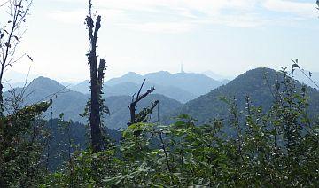 絵下山からの縦走路