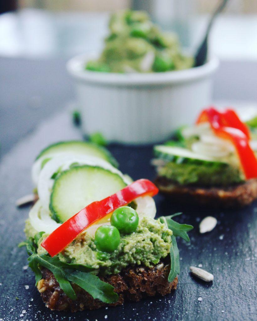ærtespread - vegansk pålæg på den sunde måde