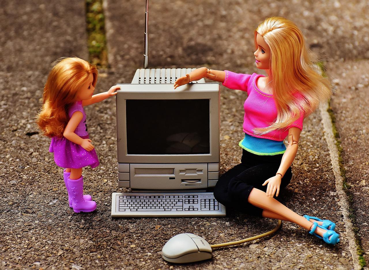 barbie mommy blog influencer