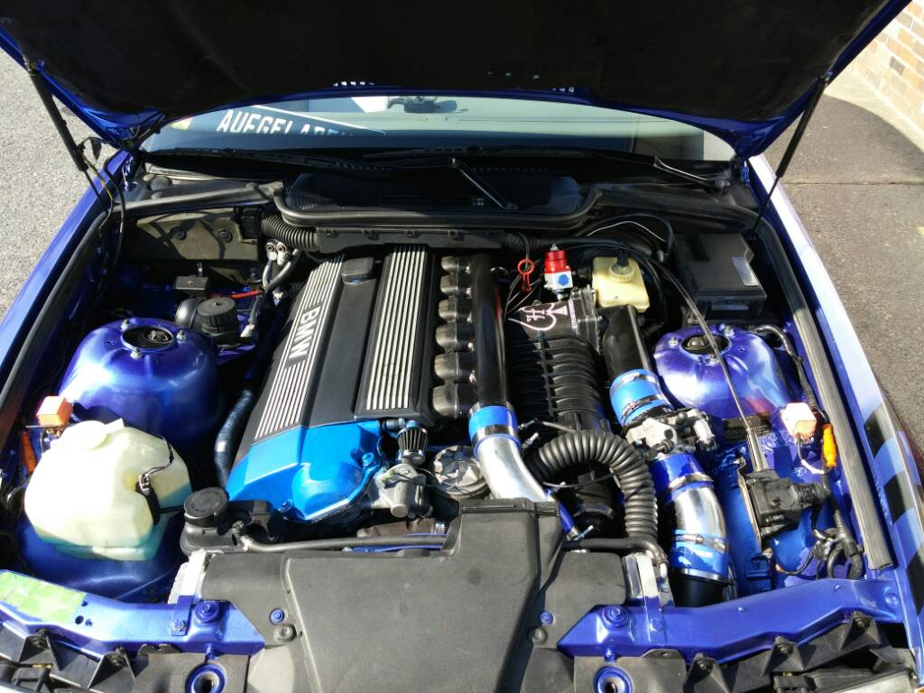 Hyde Motor Works   The Original Roots Supercharger Project for BMW's