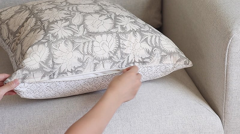 diy invisible zipper throw pillow with