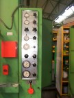 lvd/presse_hydraulique_pupitre.JPG