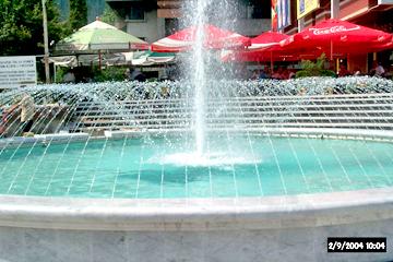 fontana010