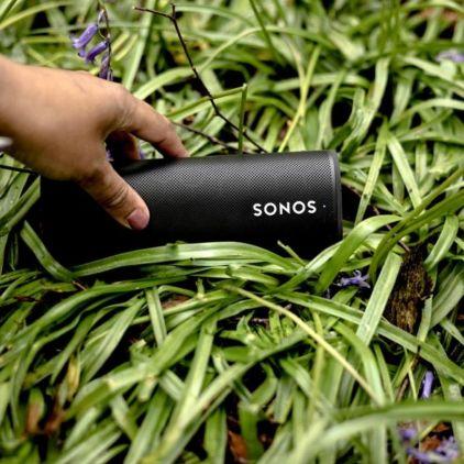 Sonos Roam Speaker Modern Gifts for Him