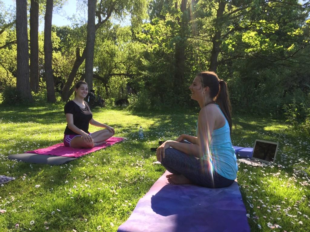 Yoga & Breakfast LaMoa