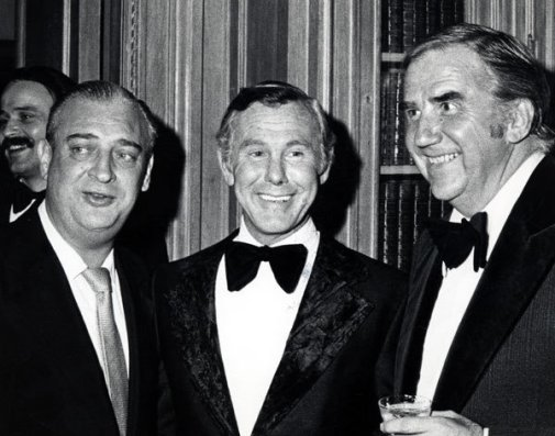 Johnny Carson with Rodney Dangerfield (left) and Ed McMahon (right)