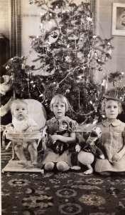 Martin, Ingrid & Lizzie – Christmas 1939