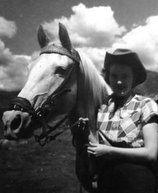 "Penny Walholm & her horse ""Blondy"" (Aspen, Colorado, Sep 1953)"