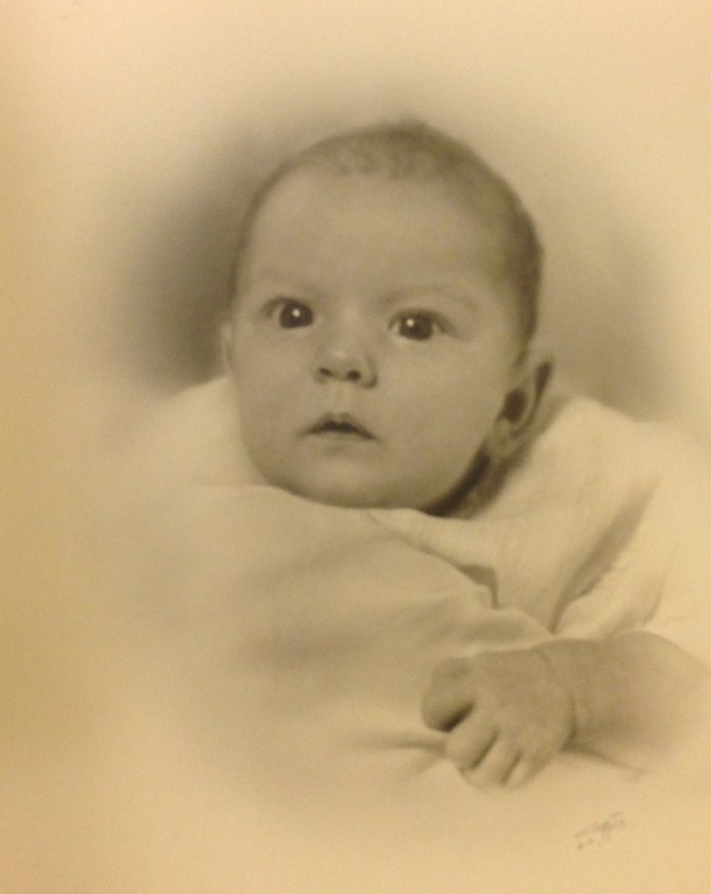 Penelope Jane Walholm, born 1939 - baby picture