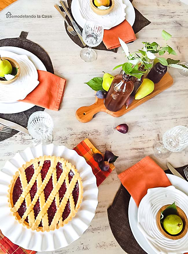 Tips for Setting a Thanksgiving Table - RemodelaCasa