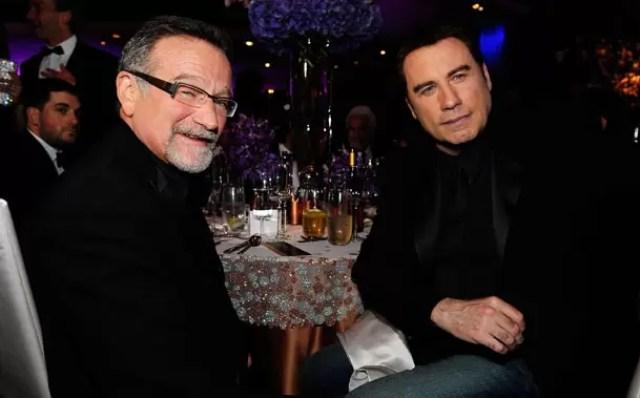 Robin Williams & John Travolta (Source: pastdeadline.com)