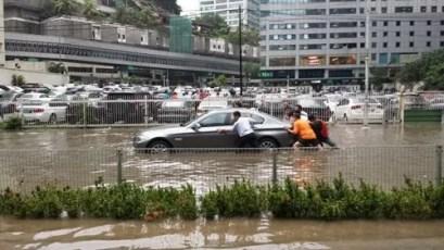 KL Flash Flood Cars October 2014 3