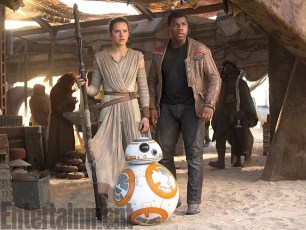 Star Wars The Force Awakens Finn and Rey and BB-8
