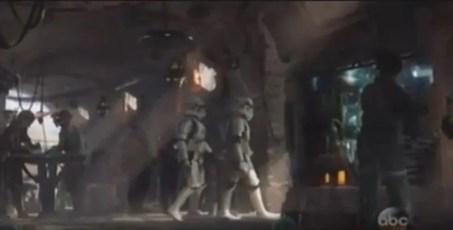 Disney Star Wars Land 9