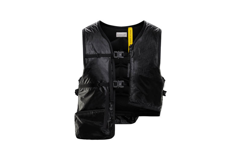 6 MONCLER 1017 ALYX 9SM Collection Buckle Vest Black