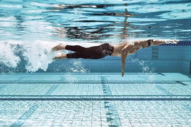 Evde, salonda ve dışarıda spor yapma rehberi: Hangi spor sana uygun? DOğru yüzmek için bilmen gerekenler