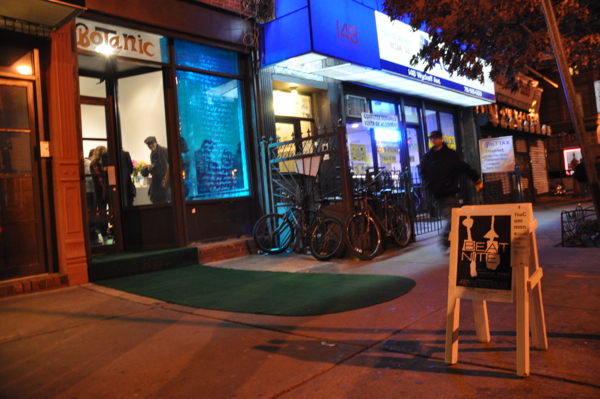 Entrance to Botanic during Beat Nite 7. (all photos by the author unless otherwise noted)