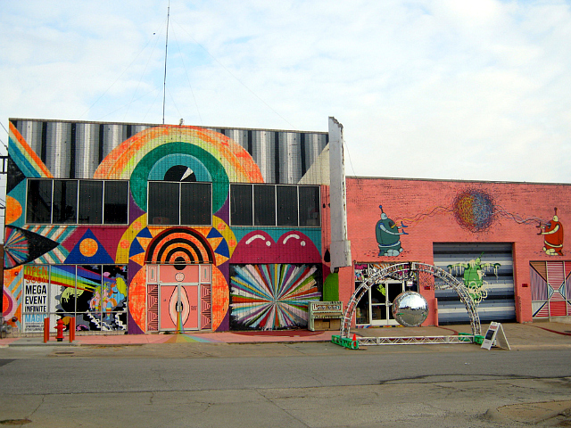 The Womb in Oklahoma City (photo by Theresa Meier)