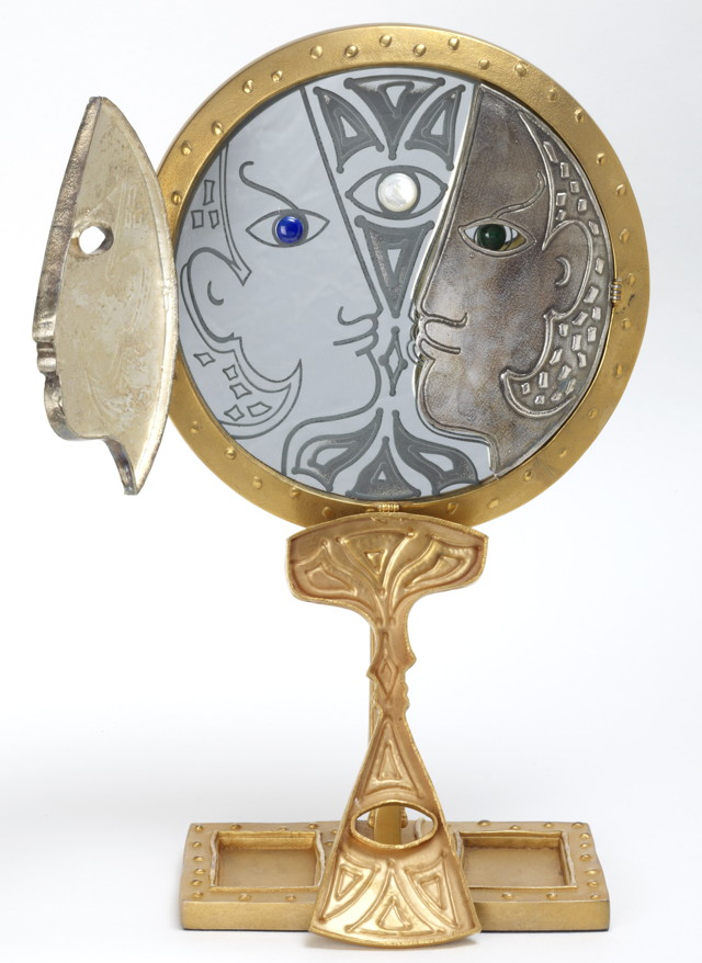 "Jean Cocteau, ""Orpheus' Mirror"" (1990), gilt bronze, 32 cm (© Comité Cocteau, © Collection I. Kontaxopoulos & Alexander Prokopchuk, Collection of Modern Art, Brussels)"