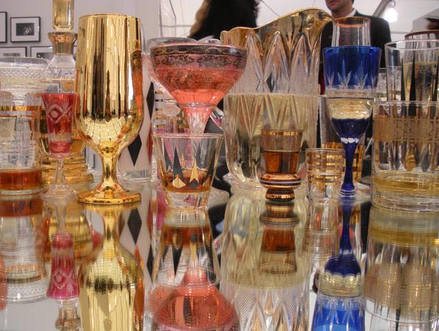 """Smells like booze: close-up on Valeska Soares's """"Finale"""""""