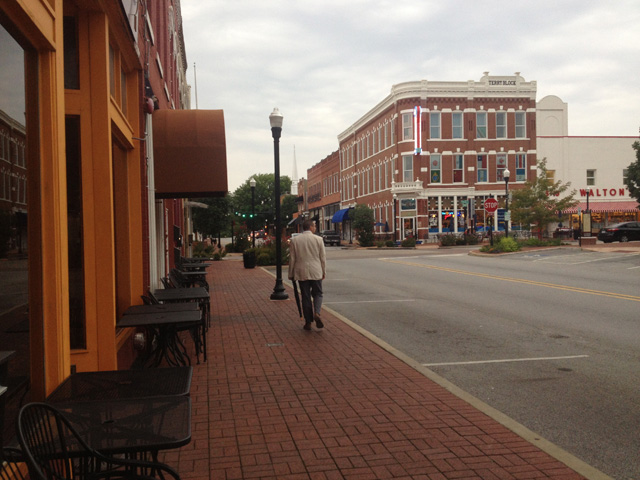 Downtown Bentonville (all photos by the author for Hyperallergic)