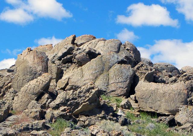 The petroglyphs at Winnemucca Lake (courtesy University of Colorado)