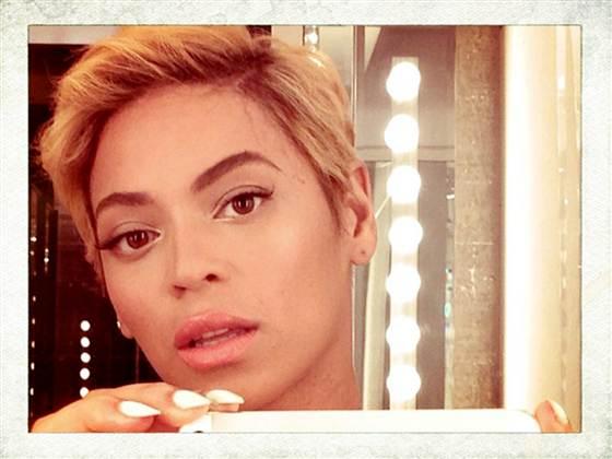 Beyonce's new haircut selfie via Today.com.