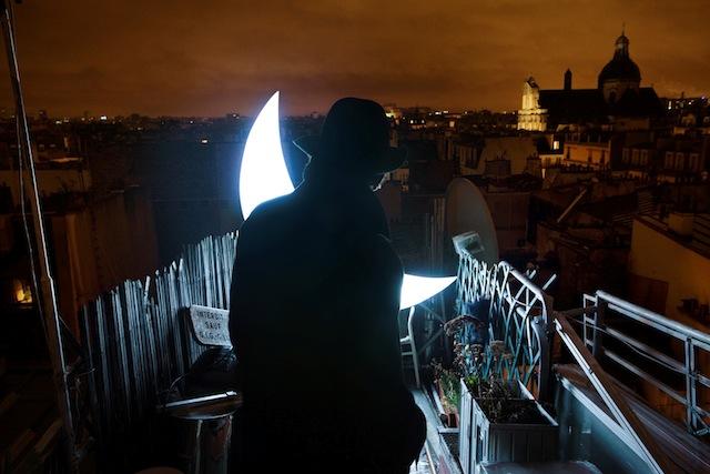 """""""Private Moon"""" in Paris"""