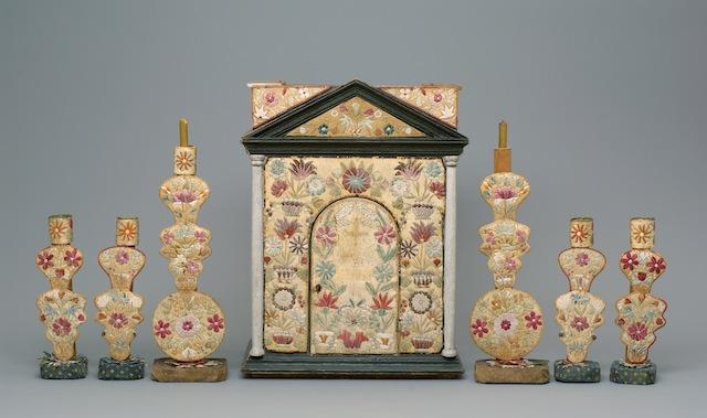 Credit: Courtesy of the Weltmuseum Wien Odawa maker unknown Tabernacle and candlesticks, 1840 Wood, birchbark, porcupine quills, fiber Weltmuseum Wien