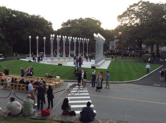 """Chris Burden, """"Light of Reason"""" at the Rose Art Museum (all photos by the author for Hyperallergic)"""