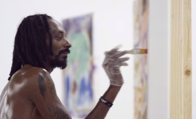 Snoop Dogg painting (all images video screenshots)