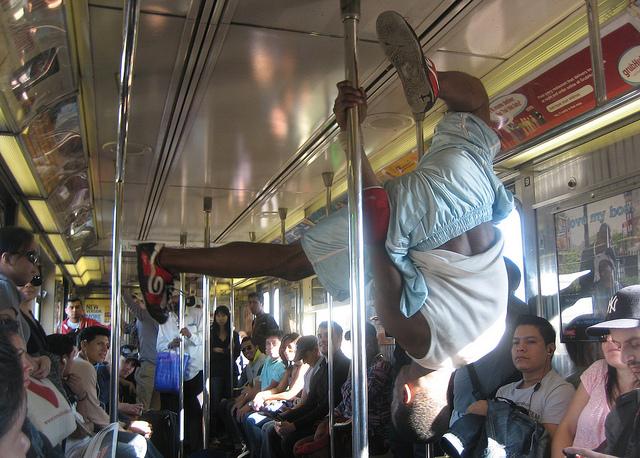 busker_nyc_subway