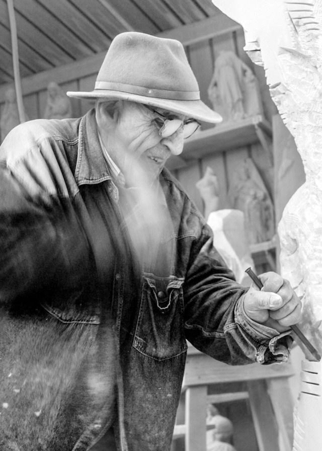 Henryk Hetflaisz, photo of artisan Renzo Maggi