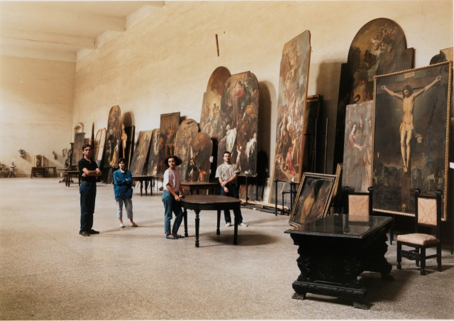 Thomas Struth (German, born 1954) The Restorers at San Lorenzo Maggiore, Naples 1988 Chromogenic print 119.1 x 159.7 cm (46 7/8 x 62 7/8 in.) Purchase, Vital Projects Fund Inc. Gift, through Joyce and Robert Menschel; Alfred Stieglitz Society Gifts; Jennifer Saul Gift; Gift of Dr. Mortimer D. Sackler, Theresa Sackler and Family; and Gary and Sarah Wolkowitz Gift, 2010 The Metropolitan Museum of Art (2010.121) © Thomas Struth
