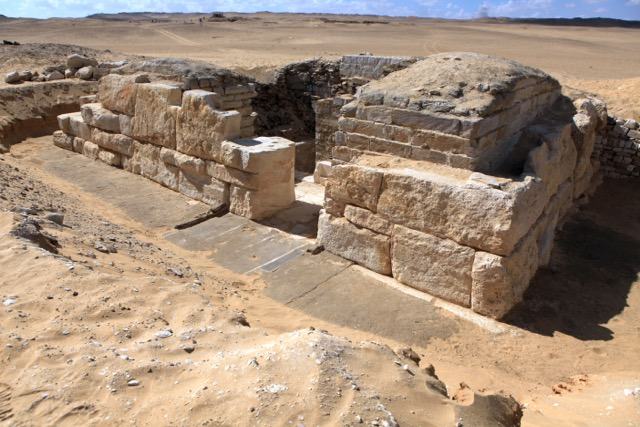 . Overall view of the tomb of Queen Khentkaus III from the northeast (Image courtesy of Jaromír Krejčí, Archive of the Czech Institute of Egyptology)
