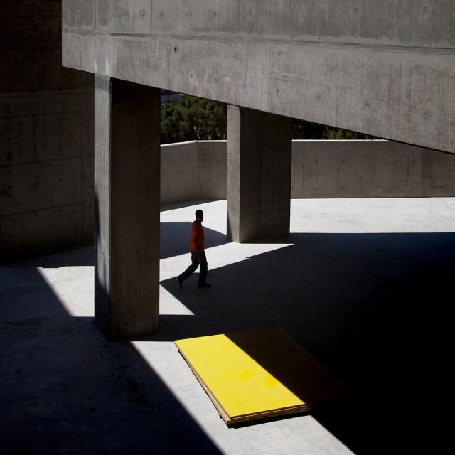 Yellow block. © Serge Najjar