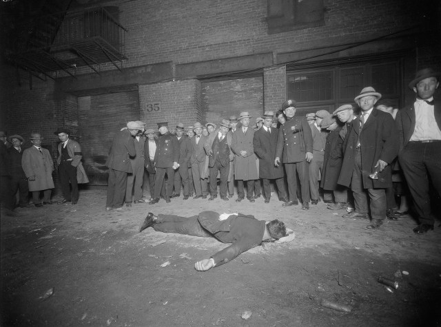 Murder of Vincenzo Argo at 35 Thompson Street in Manhattan (October 12, 1925) (courtesy New York City Municipal Archives)