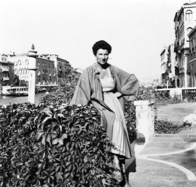Unknown photographer, Peggy Guggenheim in front of her Palazzo, Palazzo Venier dei Leoni, Venice (courtesy of Peggy Guggenheim Collection Archives, Venice)