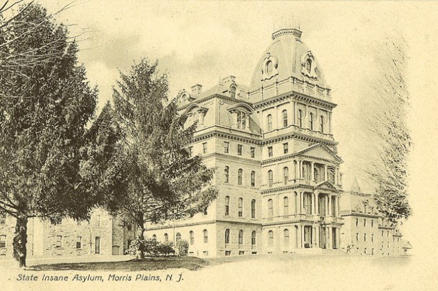 "Postcard of the ""State Insane Asylum"" in Morris Plains, New Jersey (pre-1923) (via Greystone Park Psychiatric Hospital Archives)"