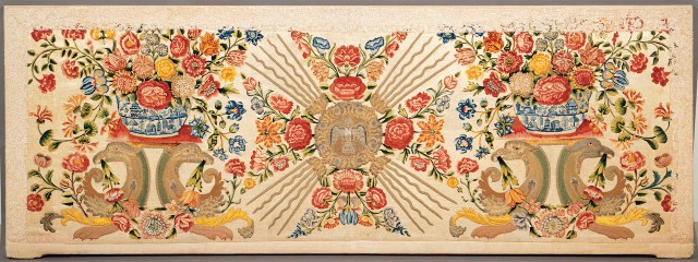 Dove of the Holy Spirit altar frontal (about 1700), embroidery with silk, wool, and gold and silk metallic threads, trimmed with needle lace (Collection de Monastère des Ursulines de Québec, Patrick Altman, MNBAQ, courtesy Museum of Fine Arts, Boston)